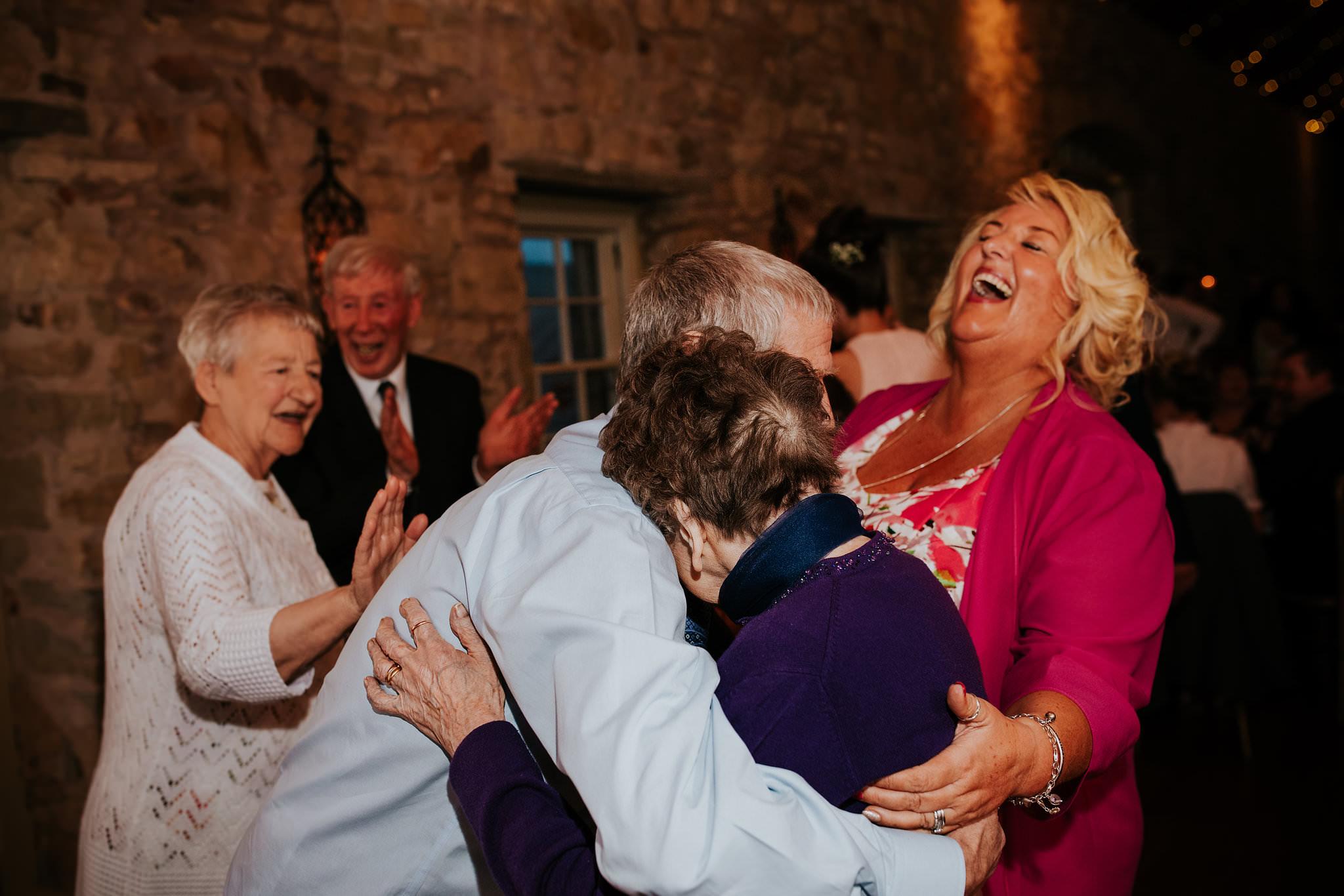 kirknewton stables wedding photographer (83).jpg