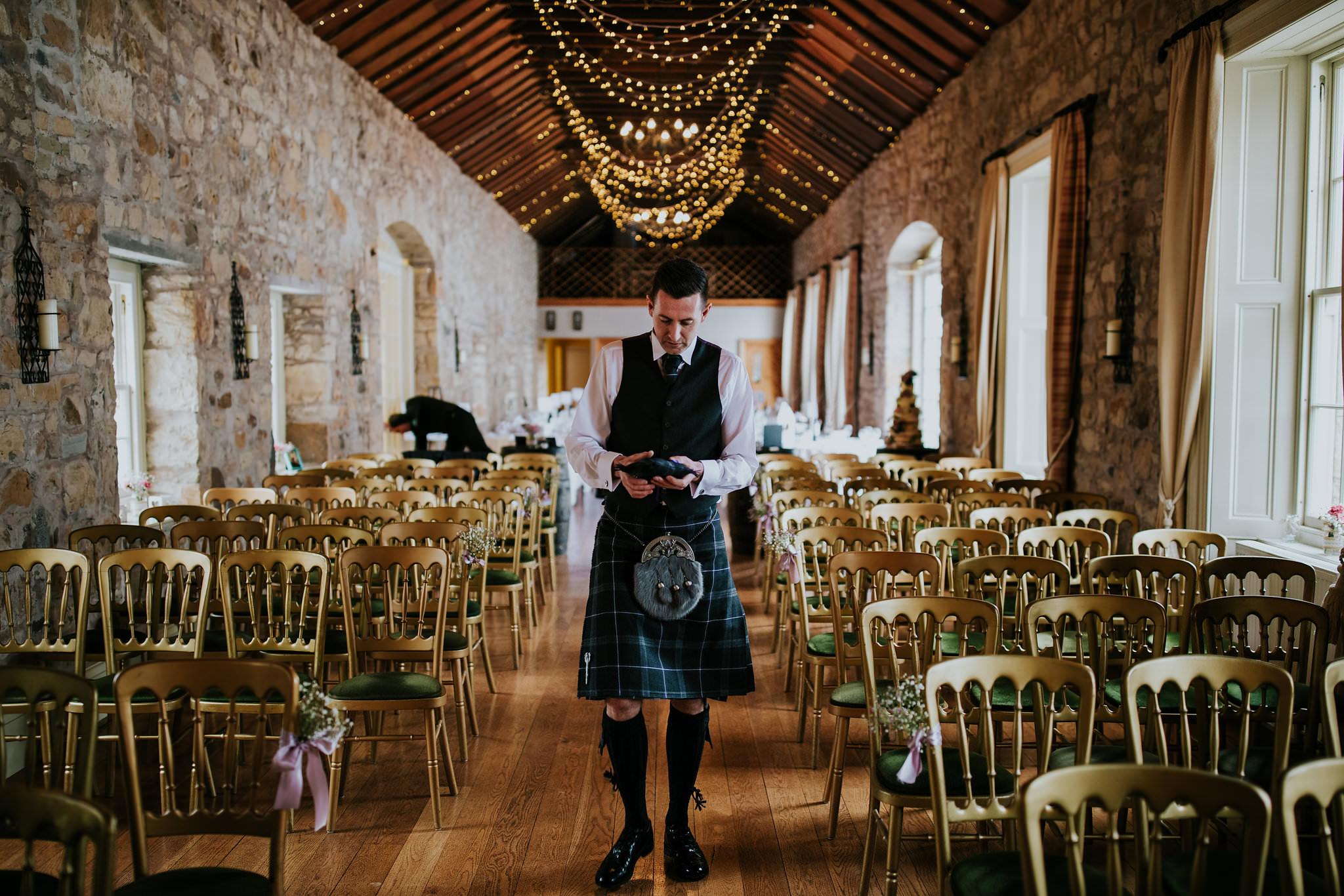 kirknewton stables wedding photographer (8).jpg