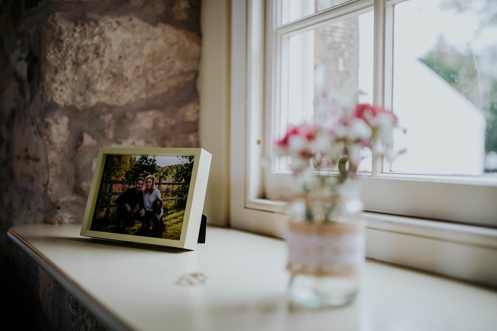 kirknewton stables wedding photographer (10).jpg