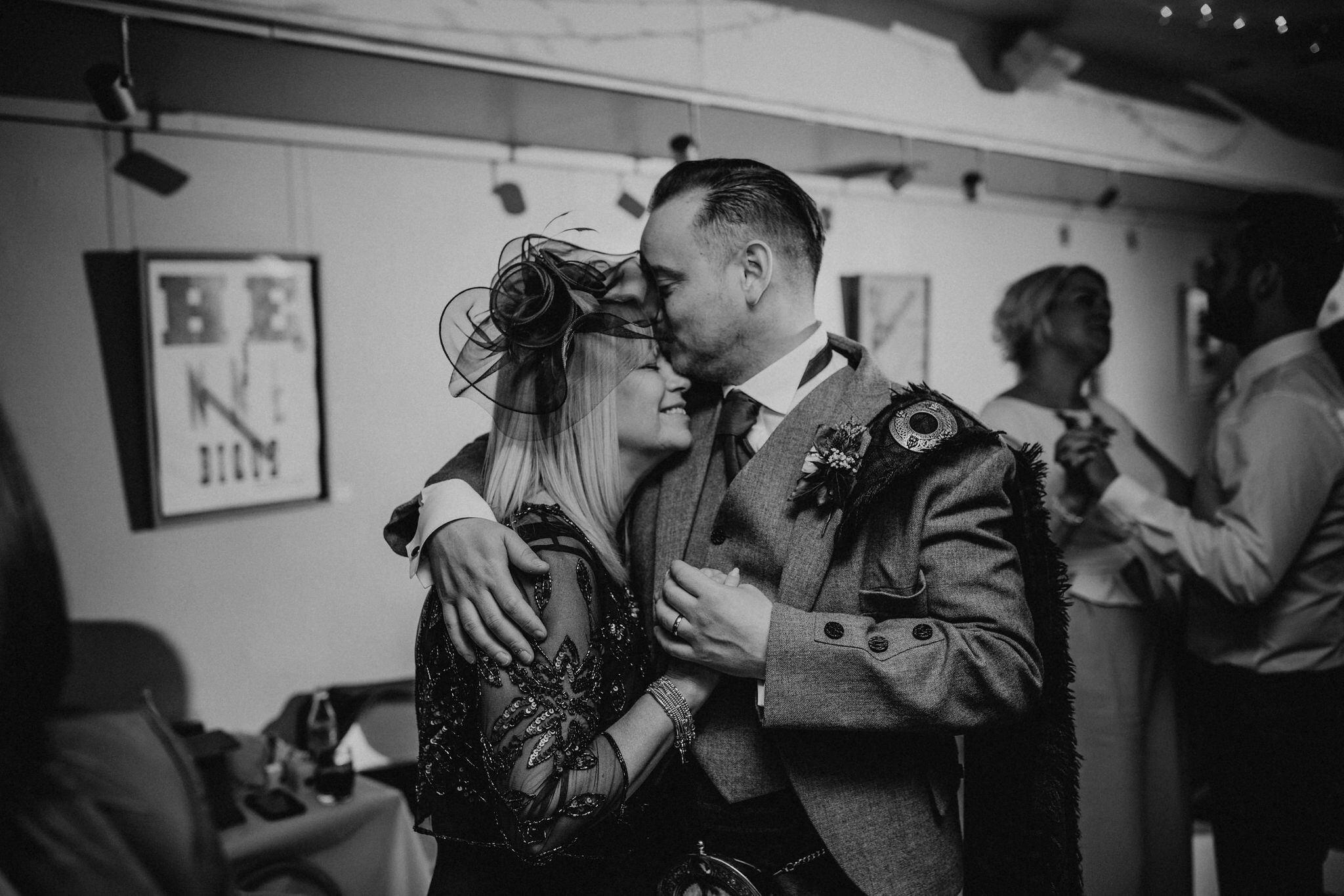 best wedding photographer scotland (108).jpg
