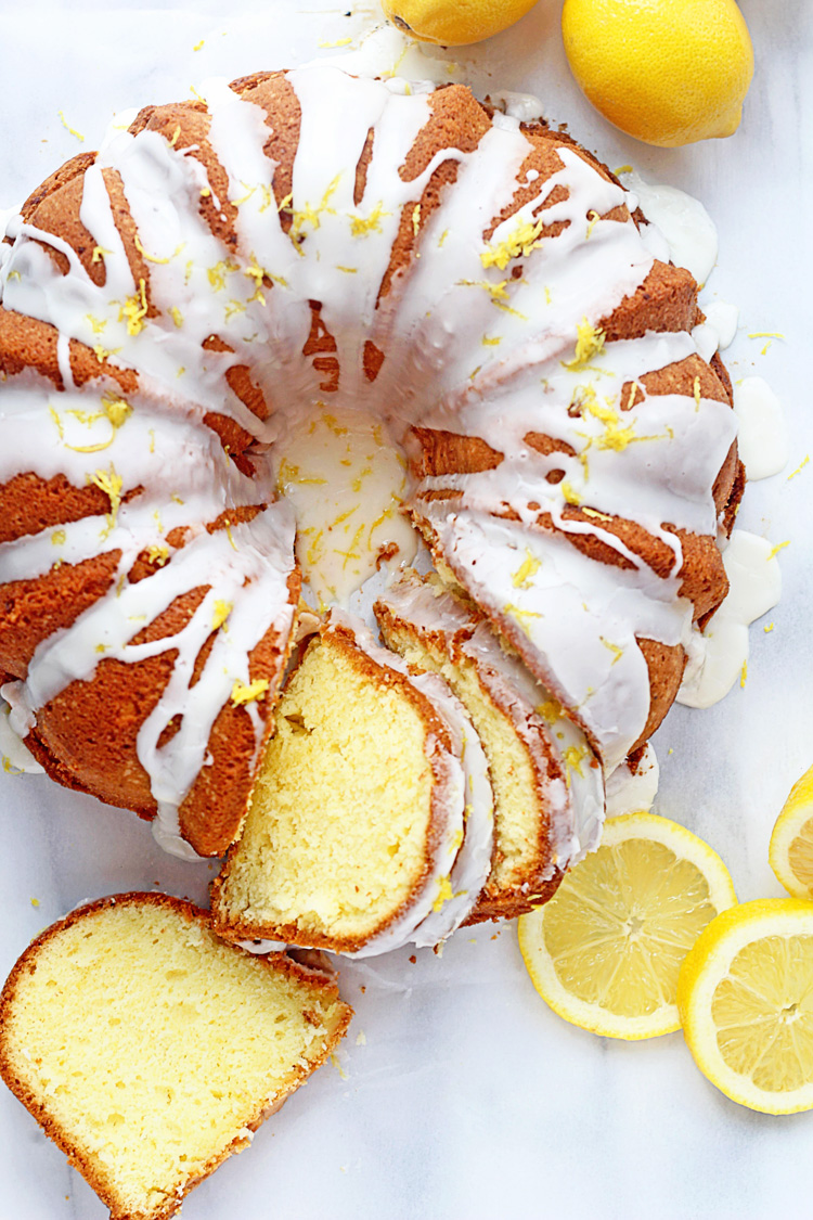 The Ultimate Lemon Cake from Grandbaby Cakes