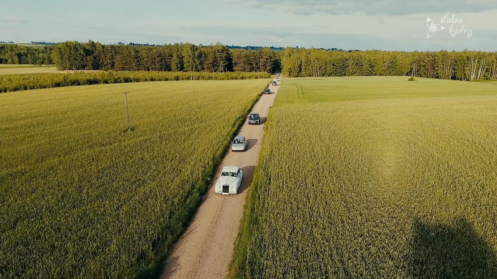 trailer01.jpg