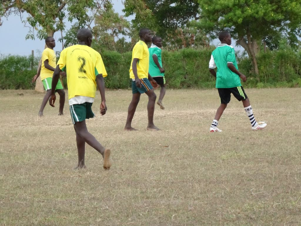 Asembo Footballers with 5..jpg