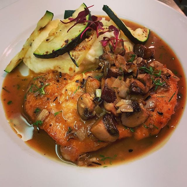 Trying traditional Italian Specialties this fall. This Chicken Marsala was a big hit last night! Come on in, summer is gone and so are the crowds! Also, now serving our 3 course price fix menu for $35!!!