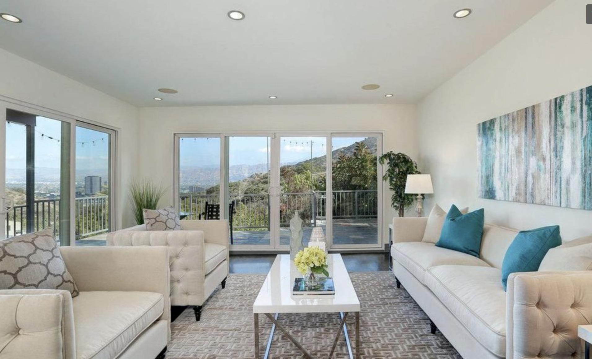 3481 La Sombra DriveLos Angeles 90068 - $1,450,000