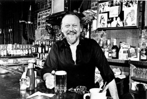 Earl Pionke at the Earl of Old Town in 1982. (Photo via the Chicago Tribune via ChicagoTribune.com)