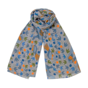 berglund scarves   They make gorgeous cotton and wool scarves that are Fair Trade, hand-crafted and sustainable.  The company works closely with the non-profit Azahar Foundation which mentors non-violent conflict resolution to children through Yoga education.     https://miaberglund.com