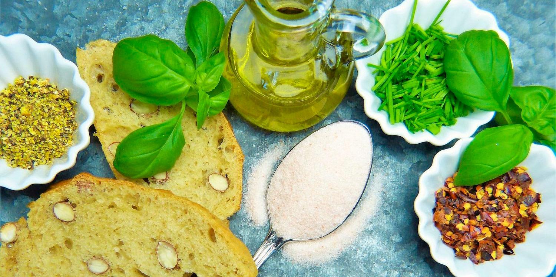 Quick-Olive-Oil-Bread-Dip-Recipe.jpg