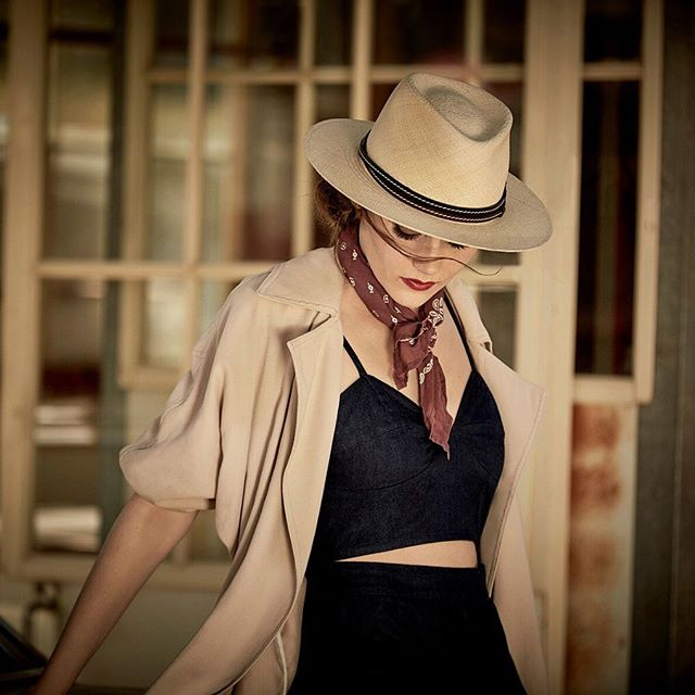 #baileyhats #filmnoir #actor #model #fashion @bailey_hats  @mmfoto99 Stylist: Mark Holmes MUA: Melanie Manson Model: Megan Greenhaw of LA Models