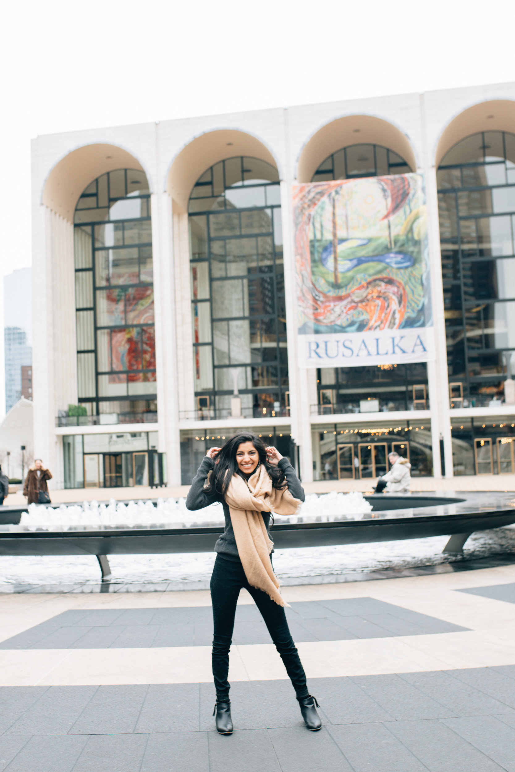 zafiahmed.fashionblogger.nyc.lincolncenter.