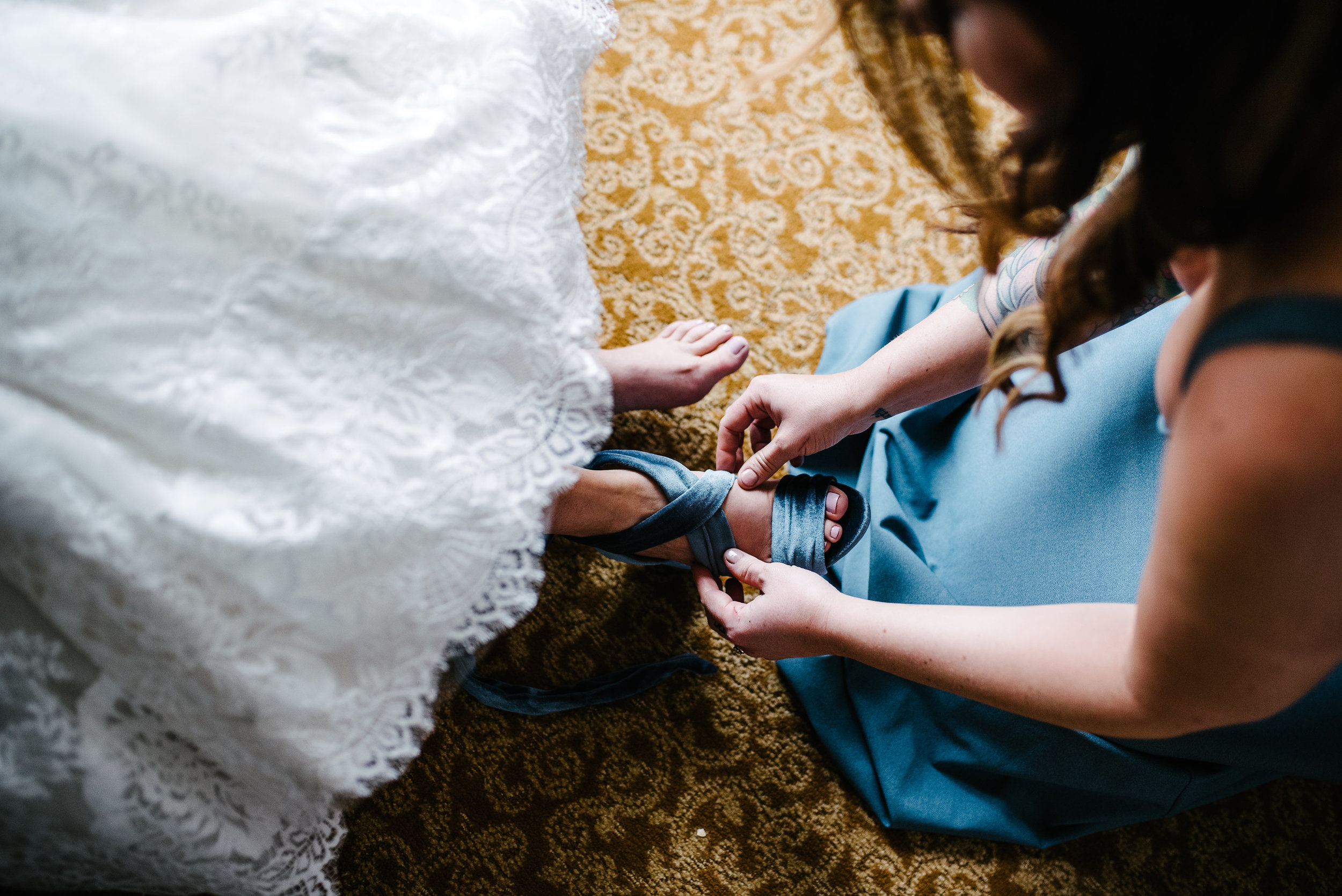 agpcollective_barlettowedding_excelsiorlancaster_gettingready-8664.jpg