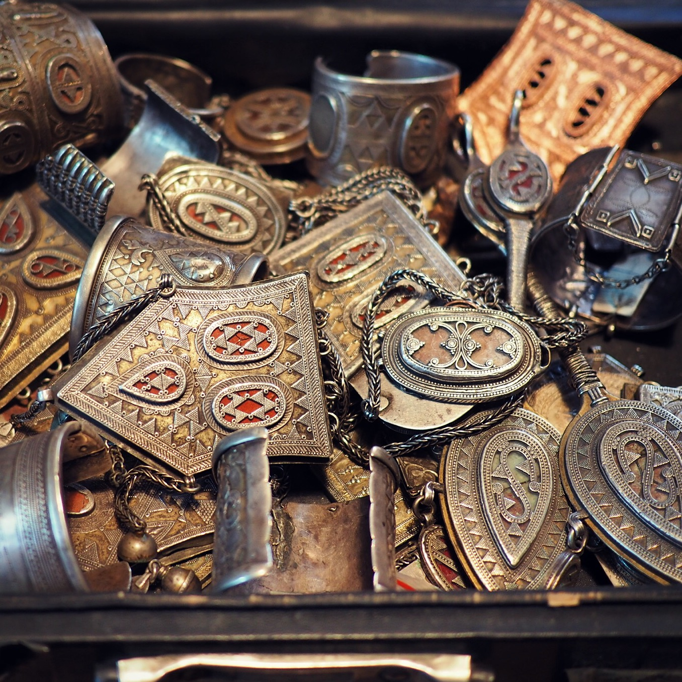 kazakh jewelry
