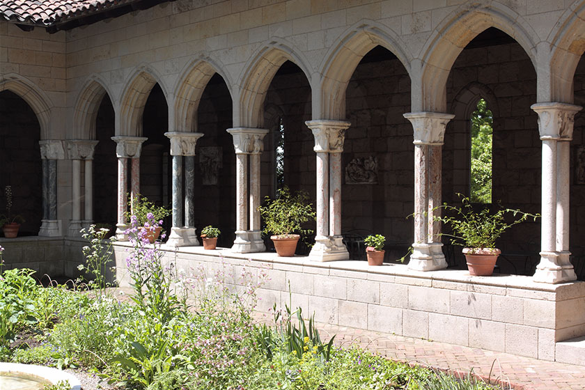GroupVisits_TheMetCloisters_promo.jpg