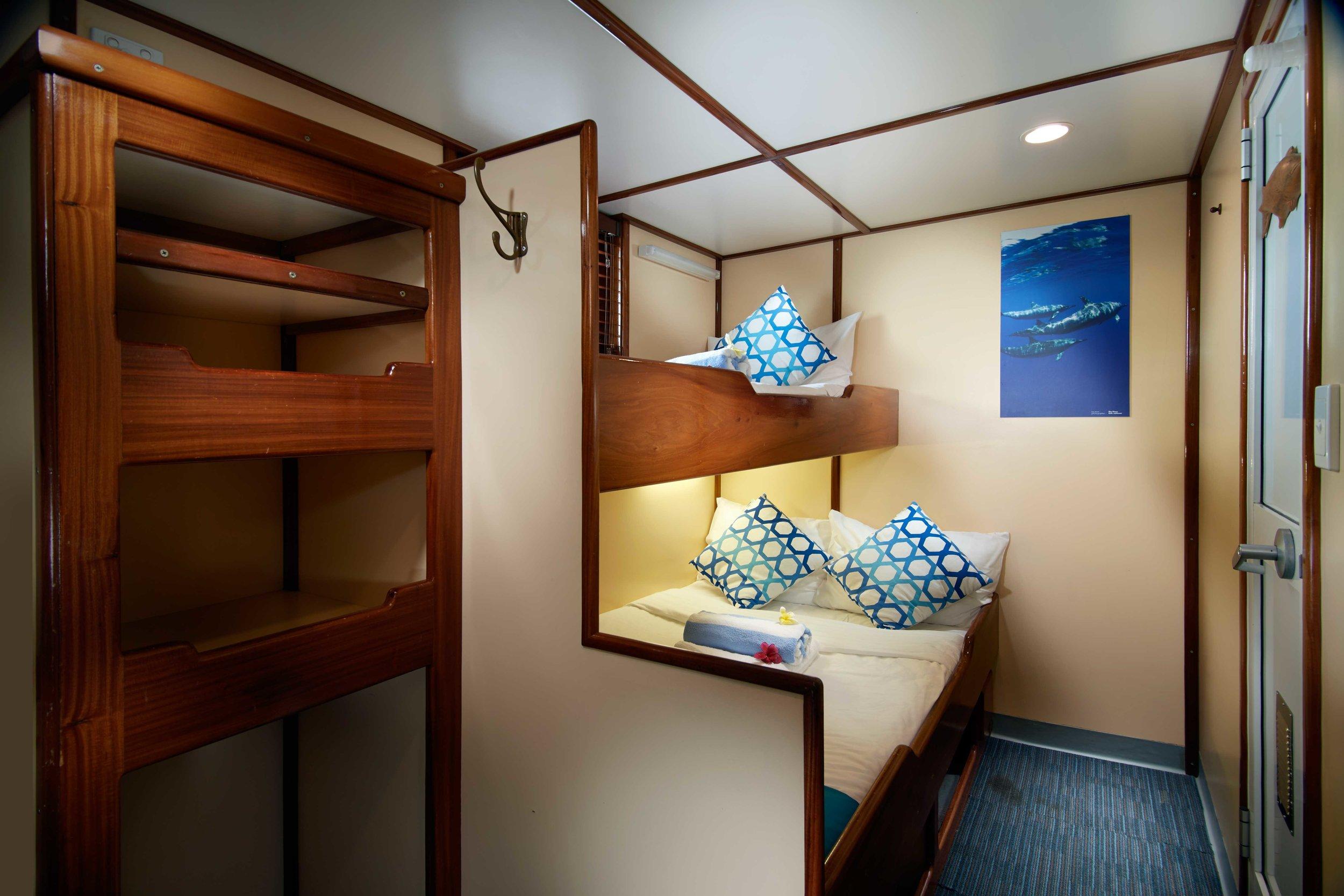 cabin_5.jpg