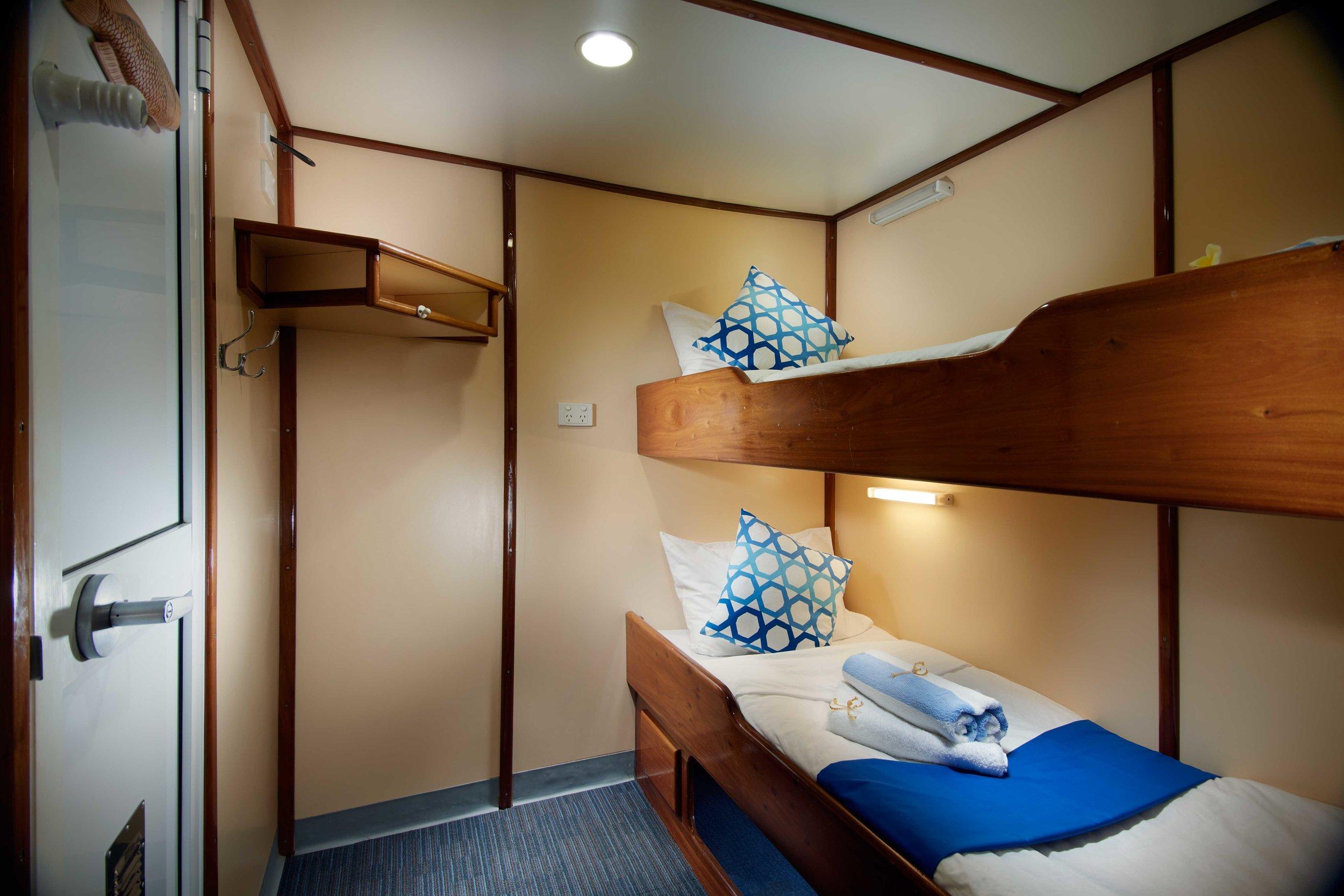 cabin_1.jpg