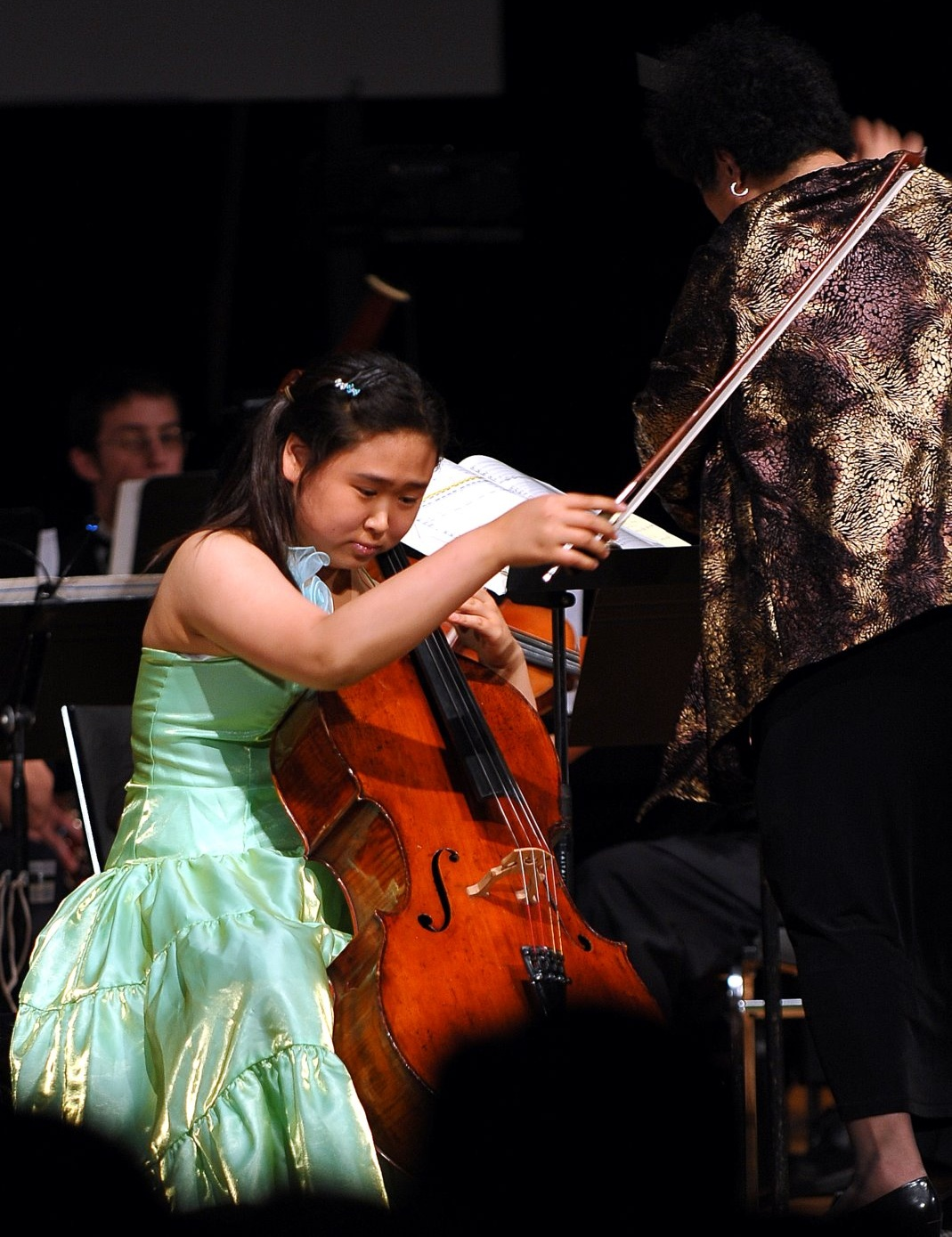 Sunny Chang performing Dvorak Cello Concerto