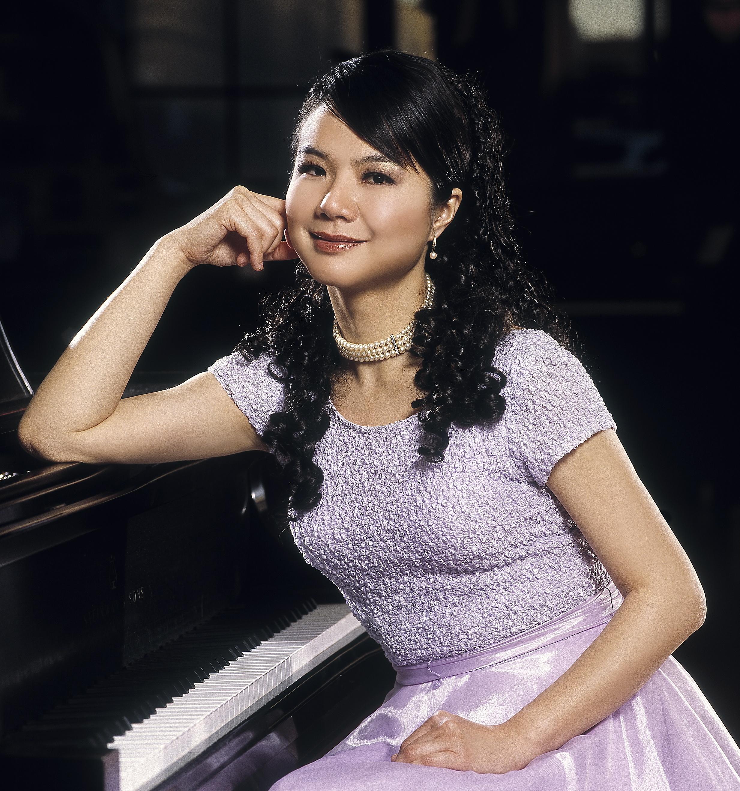 Stella Xu.jpg