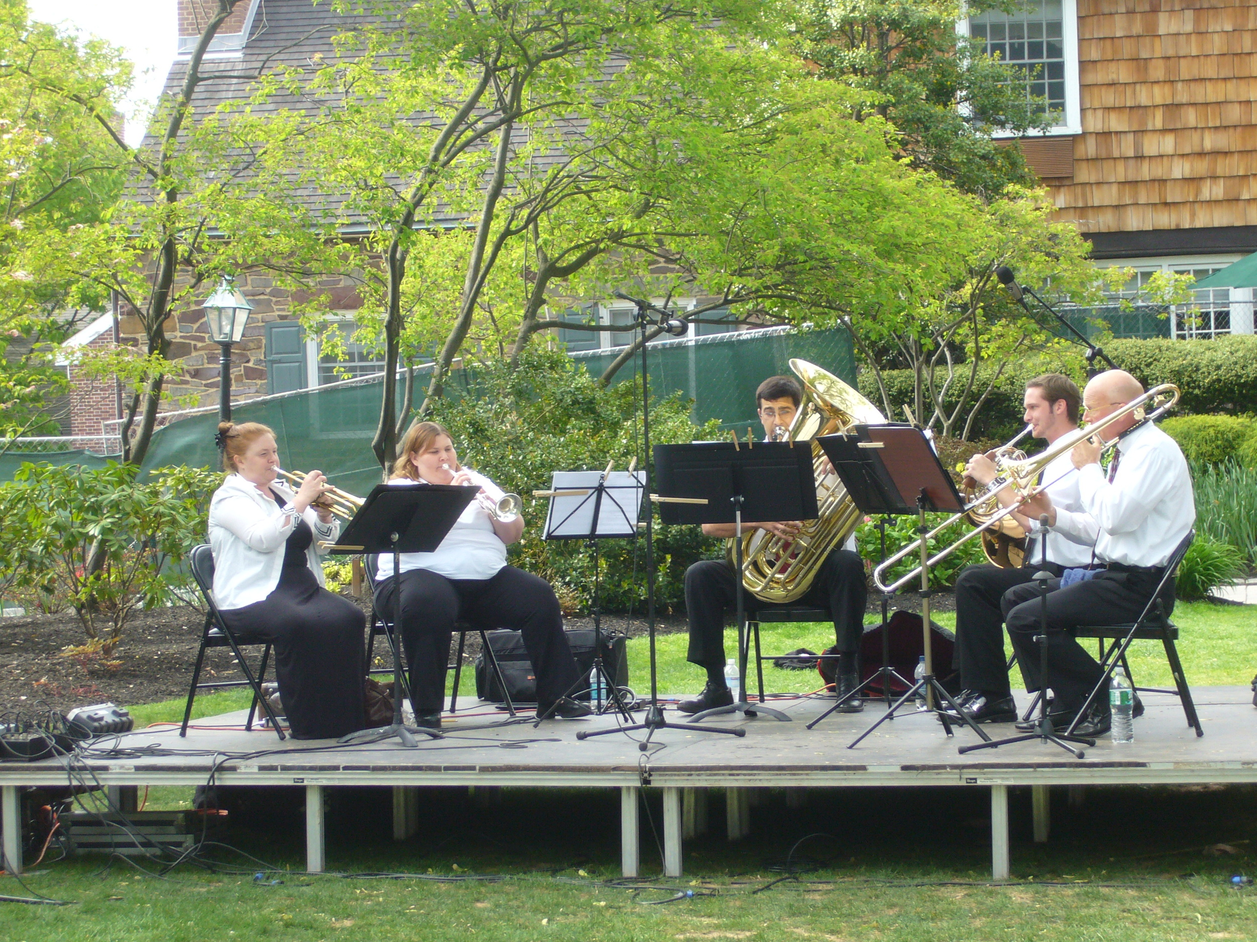 """The Bravura Brass Quintet"" delight the audience performing at the Courtyard of Nassau Inn"