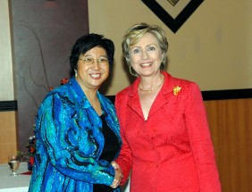 Maestra Lin and Hillary Clinton