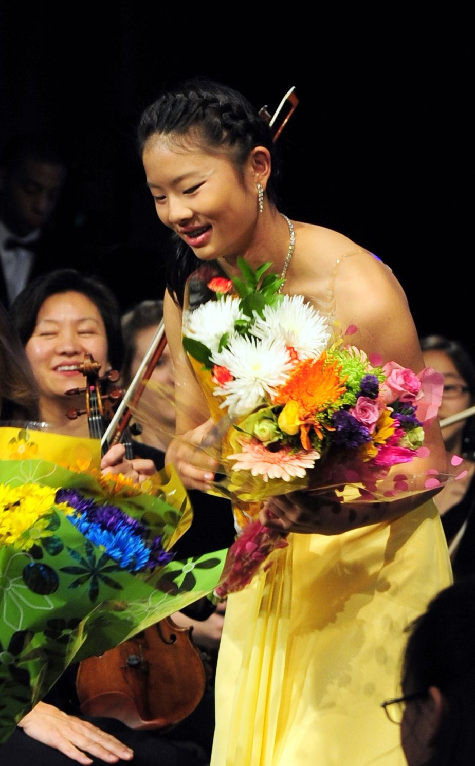 Penny Luan receiving lots of flowers from friends