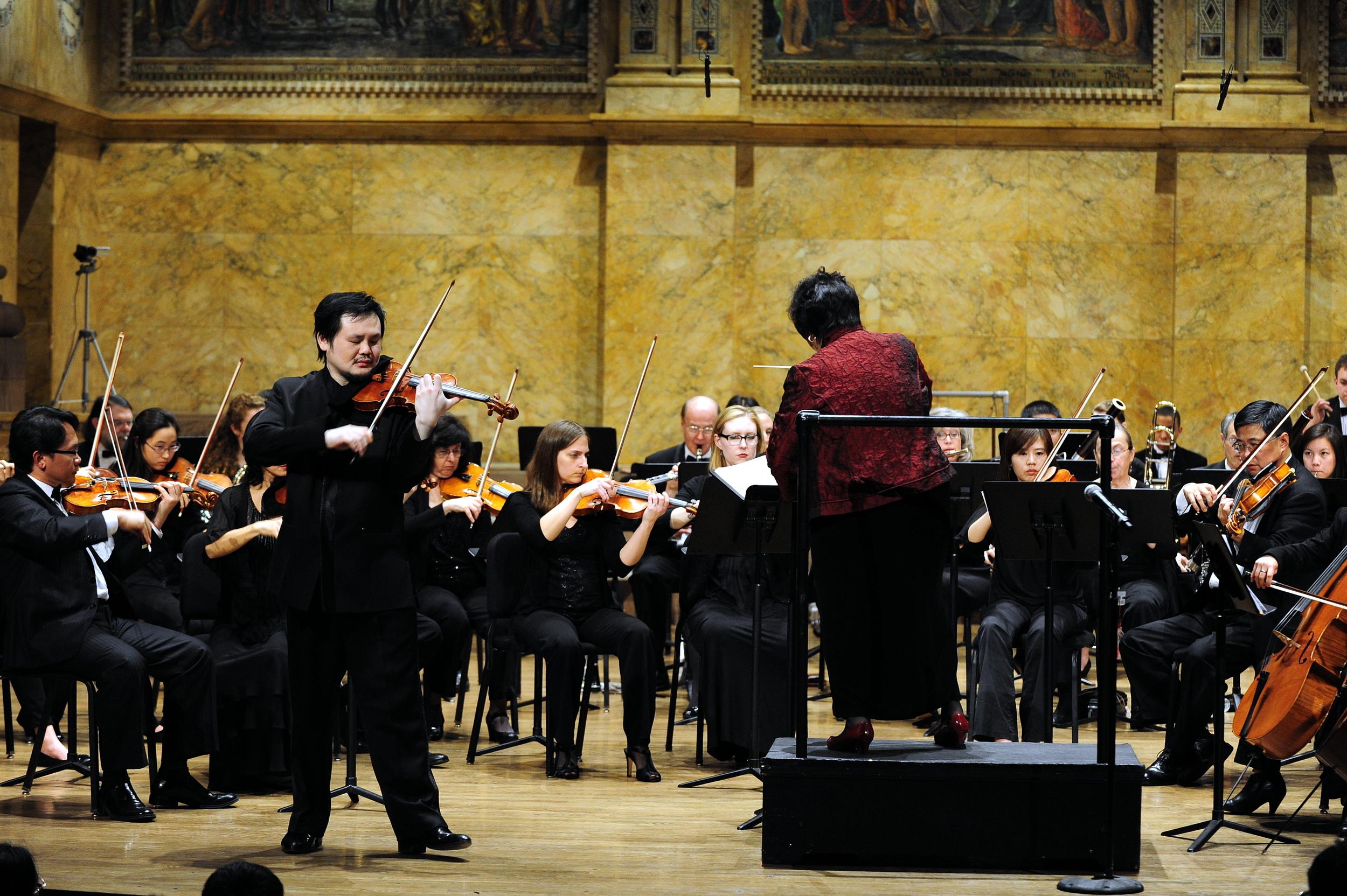 Chuanyun Li creates a beautiful melody in Tchaikovsky