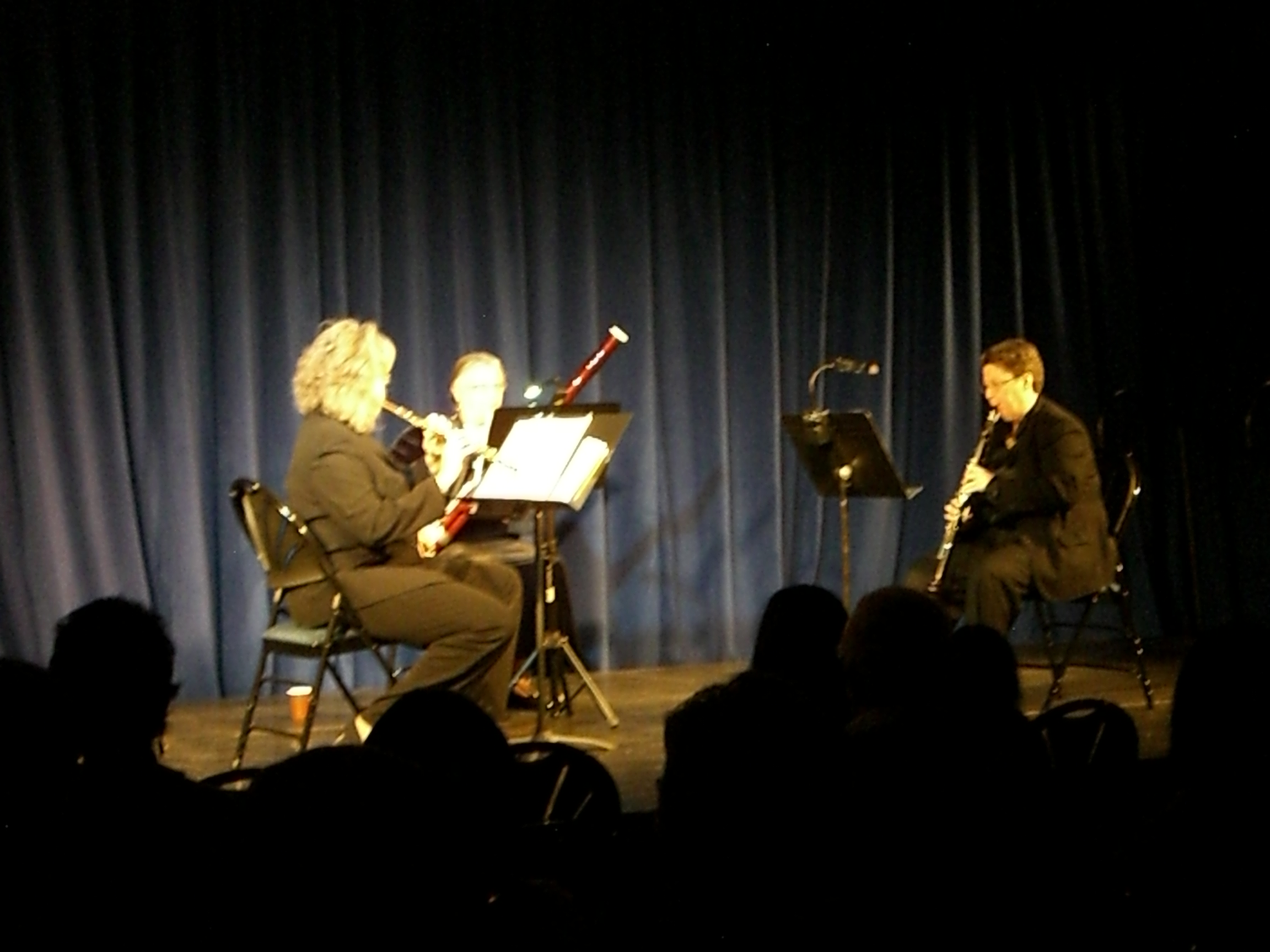 A woodwind trio from the West...