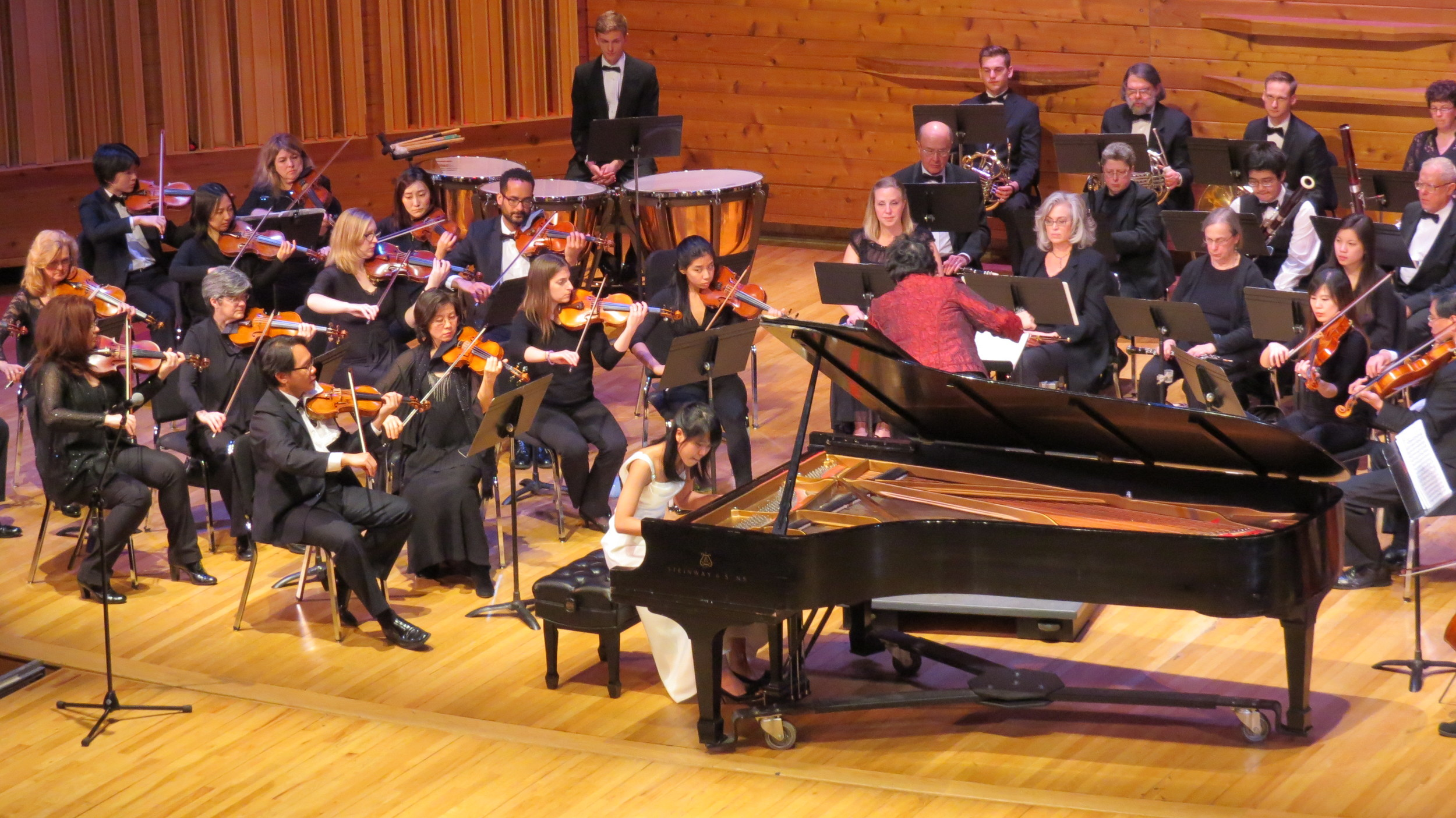 A wonderful collaboration between pianist Kate Liu and the orchestra