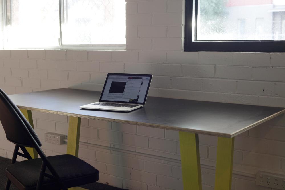 150611-Hot-Desk-242_021.jpg