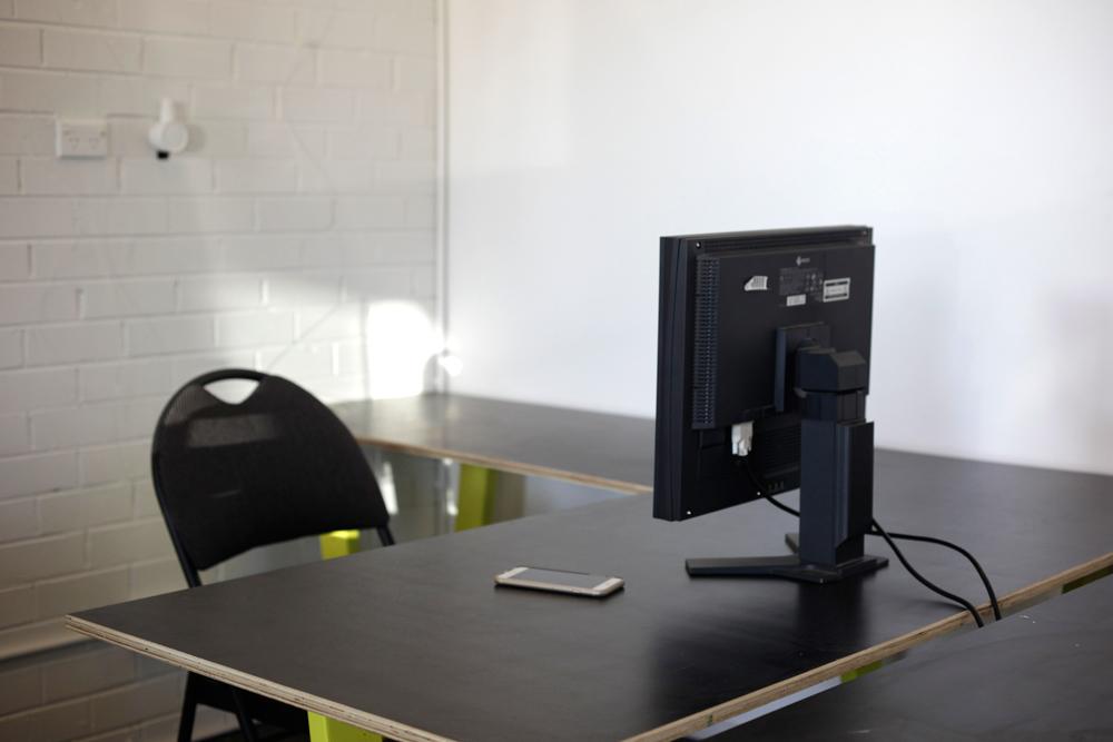150611-Hot-Desk-242_024.jpg