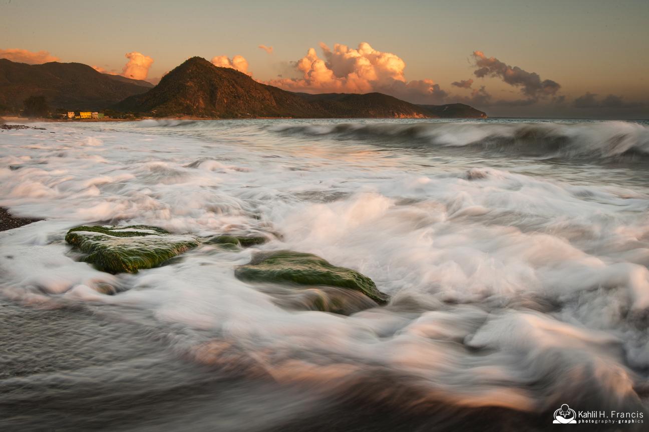 Turbulent Surfs... Sugarloaf Hill