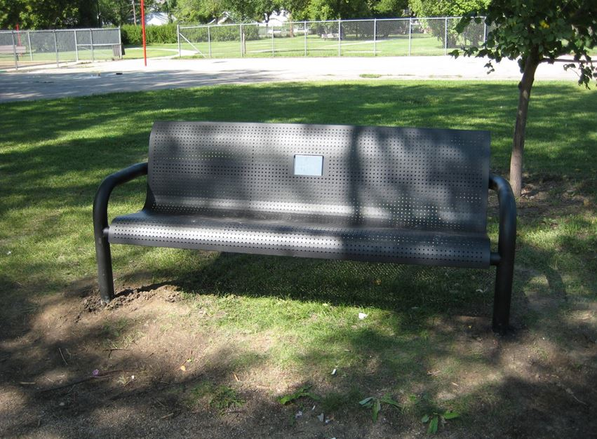 keith-bench.JPG