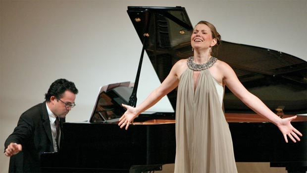 singer-and-piano.jpg