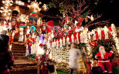 3_Christmas-Lights-Cannoli-Tour_V1_460x285.jpg
