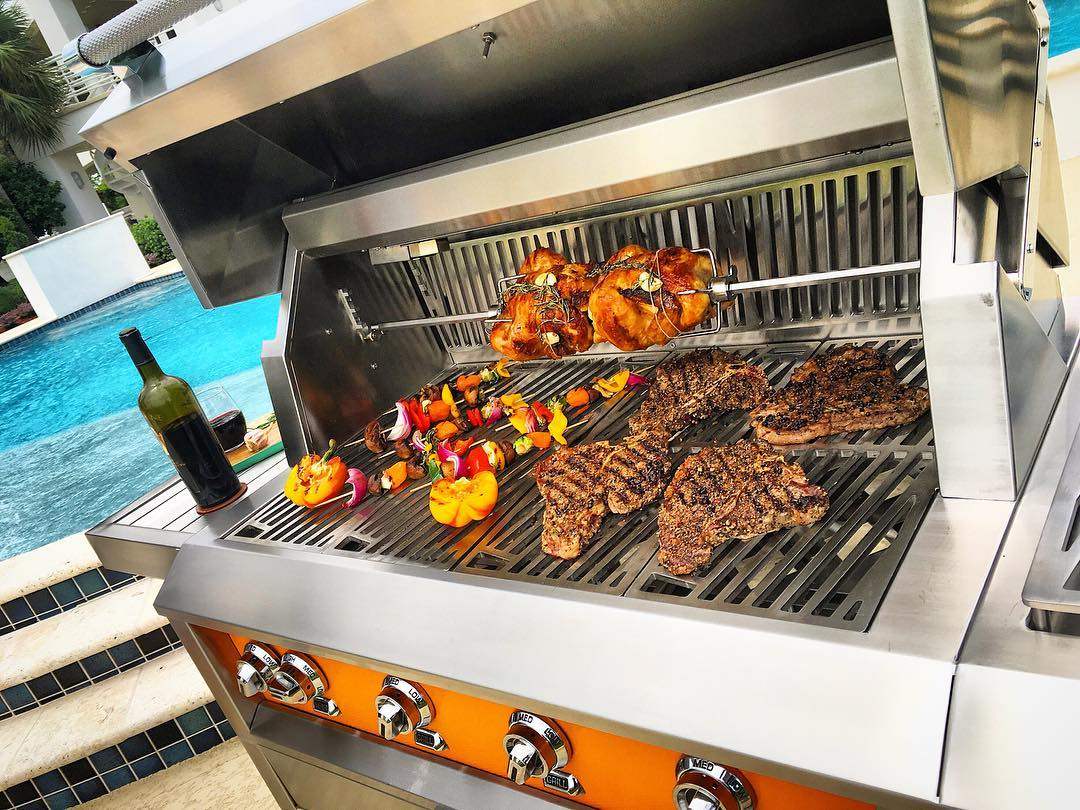 Cook professionally Outdoors With Hestan