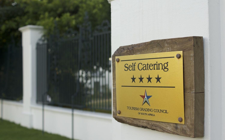 grading plaque.jpg
