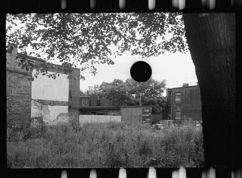 hole-punch-FSA023.jpg