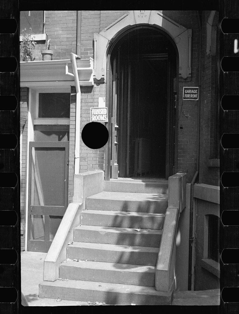 hole-punch-FSA027.jpg