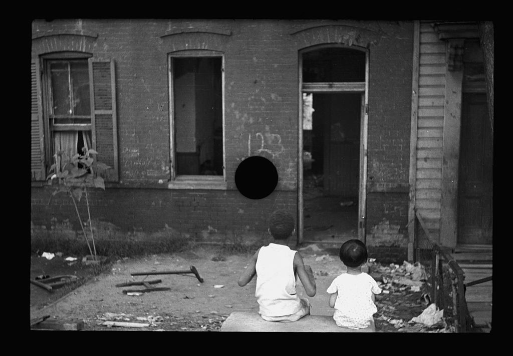 hole-punch-FSA038.jpg