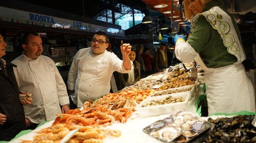 ShermansCruise: We Tried It!  Viking Sea's  Kitchen Table in Barcelona    BARCELONA — Chorizo, manchego, olives, anchovies, tapas, paella — the cuisine of Barcelona is as famous as the architecture. While docked in the Spanish city, passengers on the new Viking Sea can sign up for Kitchen Table excursion to get full immersion into the flavors of the city.