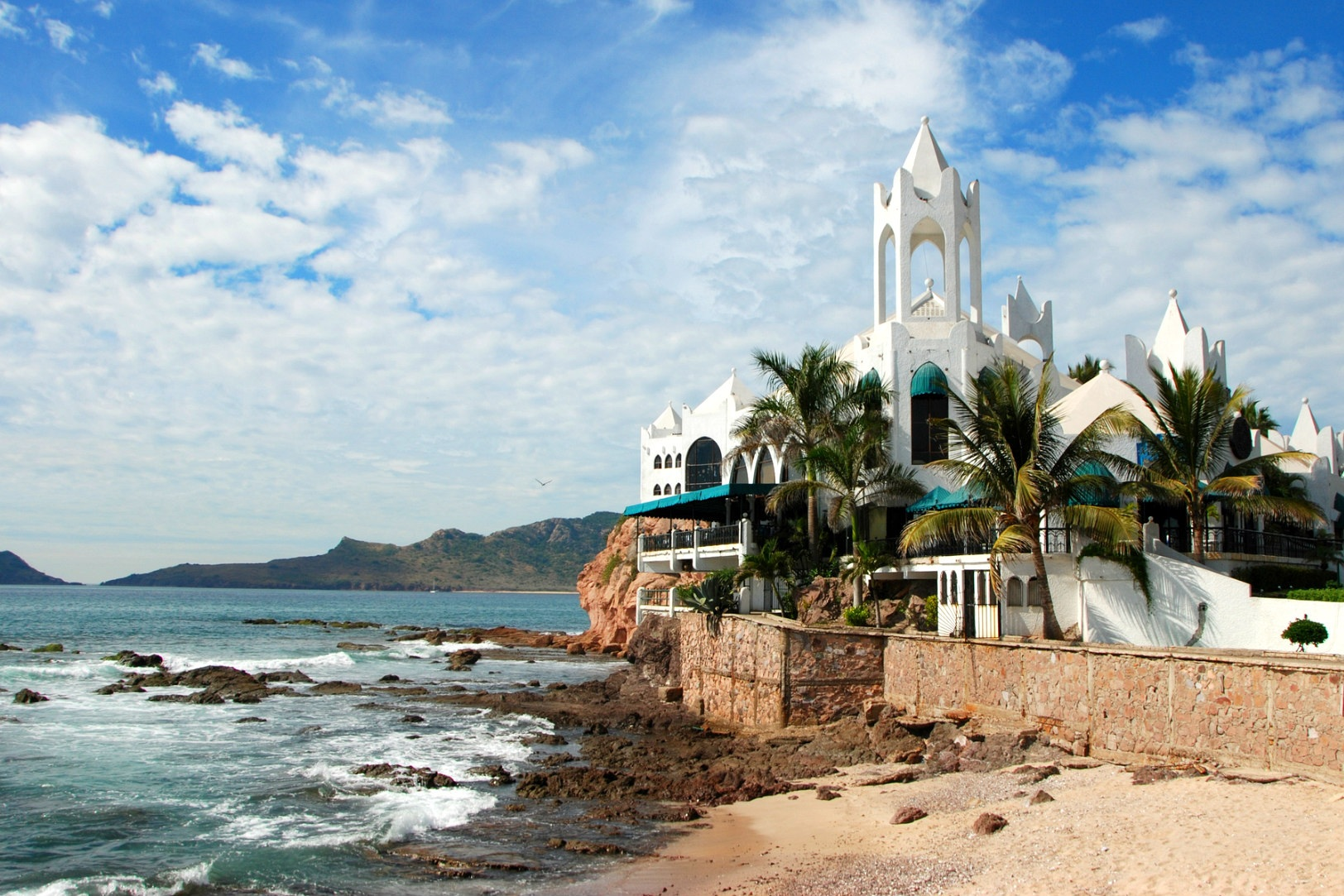 ShermansTravel: - 10 Free and Affordable Things to Do in Mazatlán