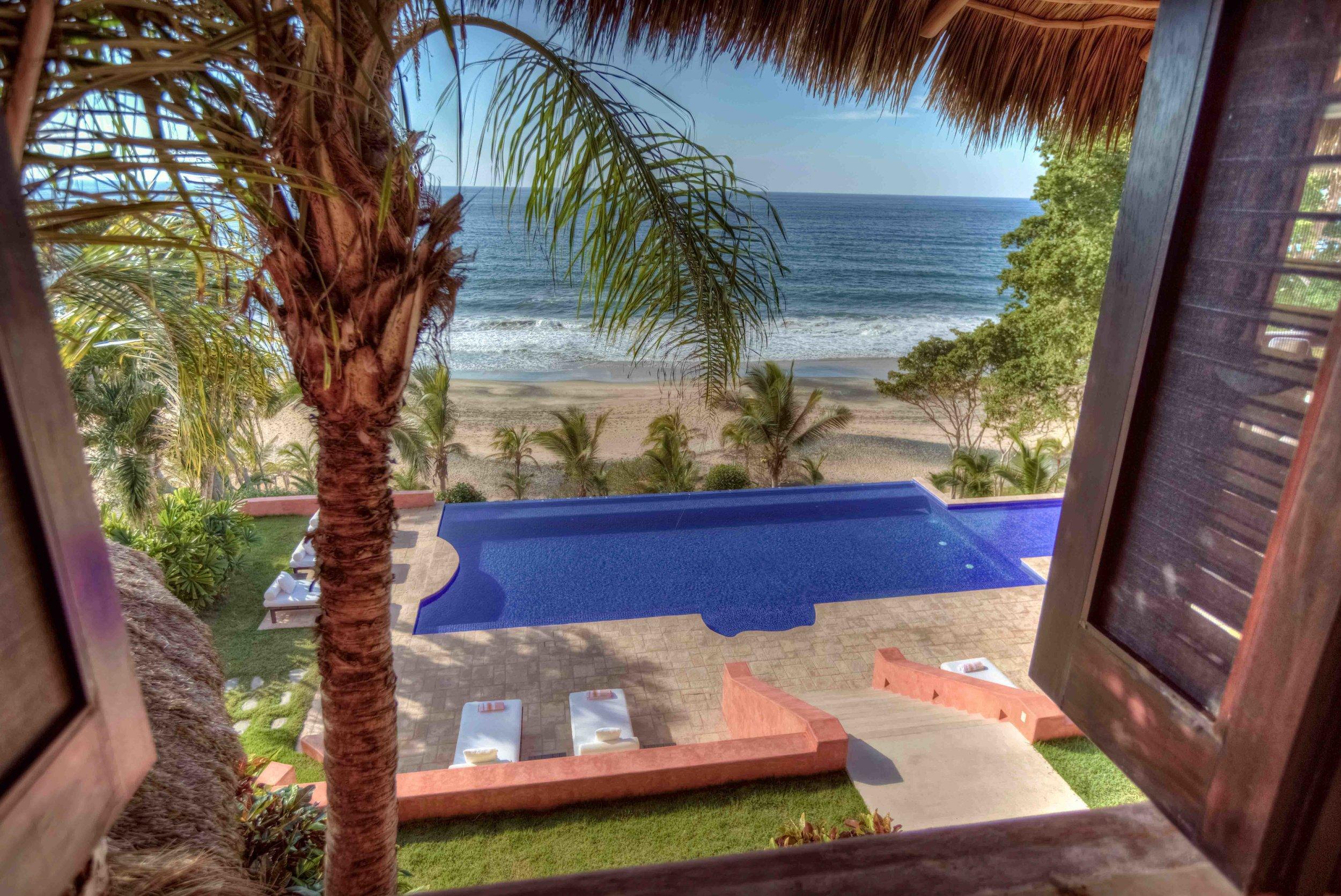 Luxury-Villa-Rental-Mexico-19.jpg