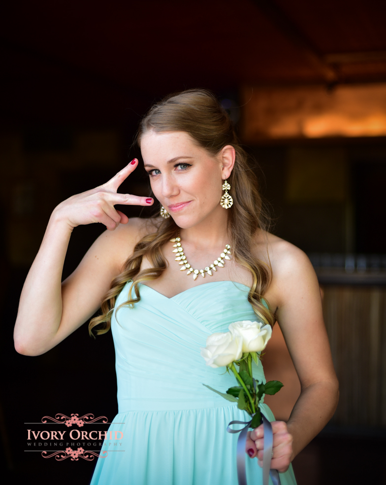 funny faces at weddings