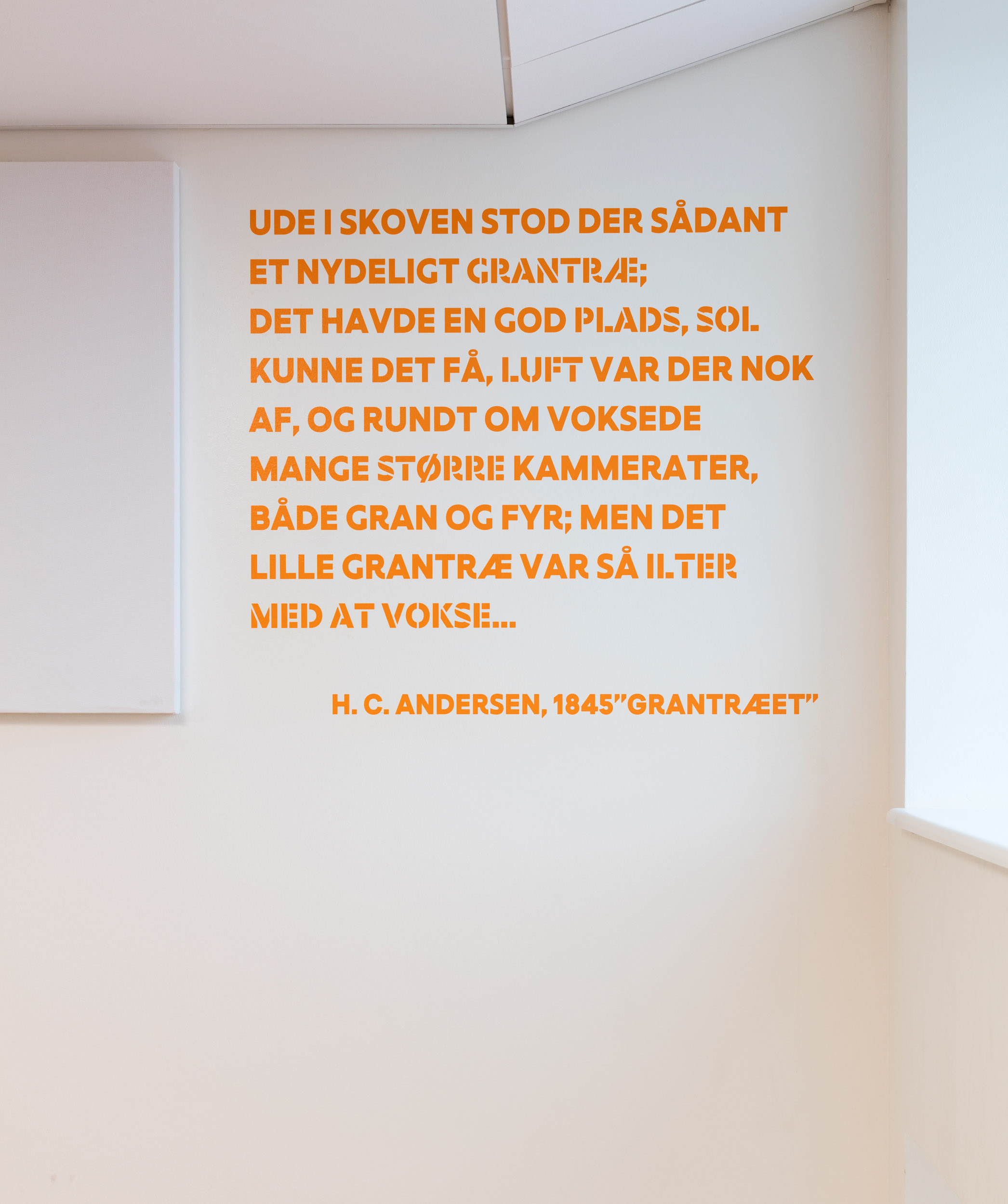 HLA_Frederiksbjerg_Skole_Wayfinding_038.jpg