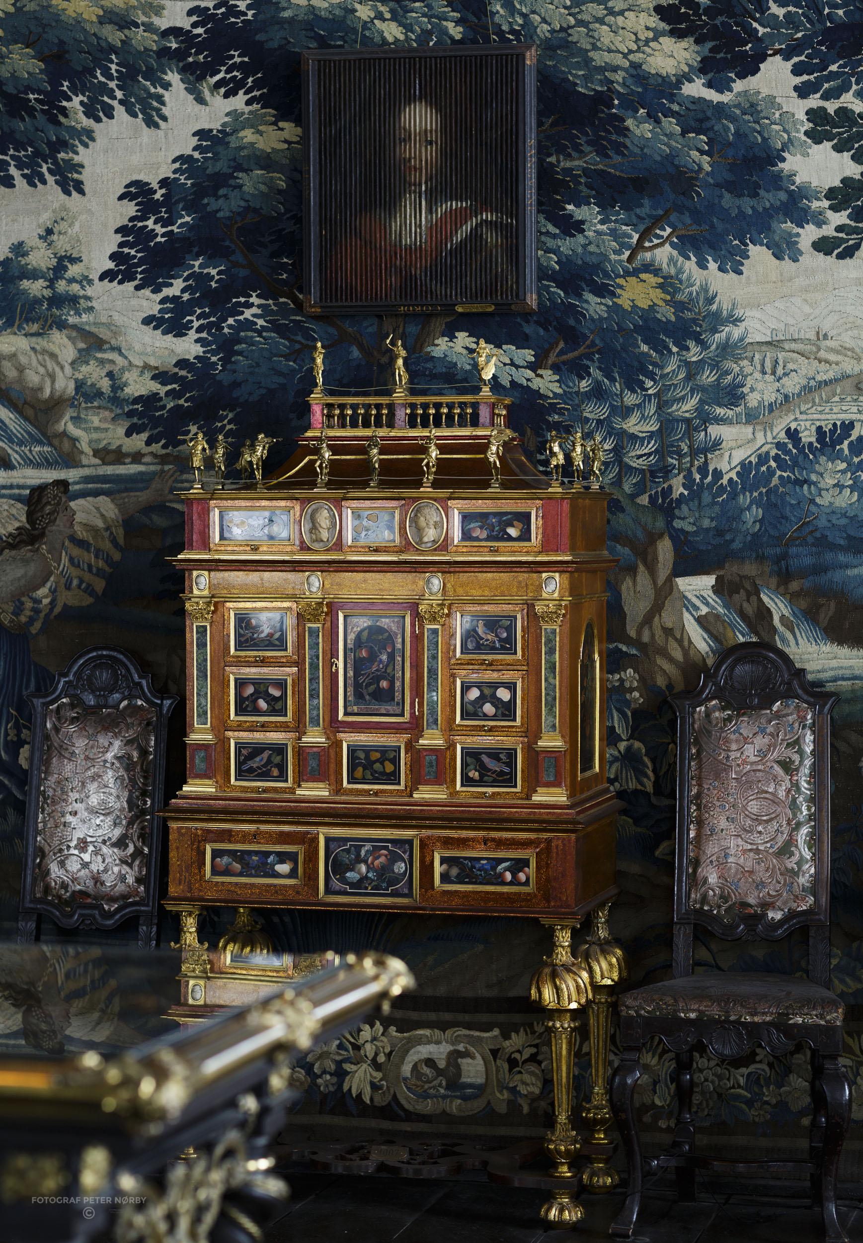 Rosenborg_Room10_03.jpg