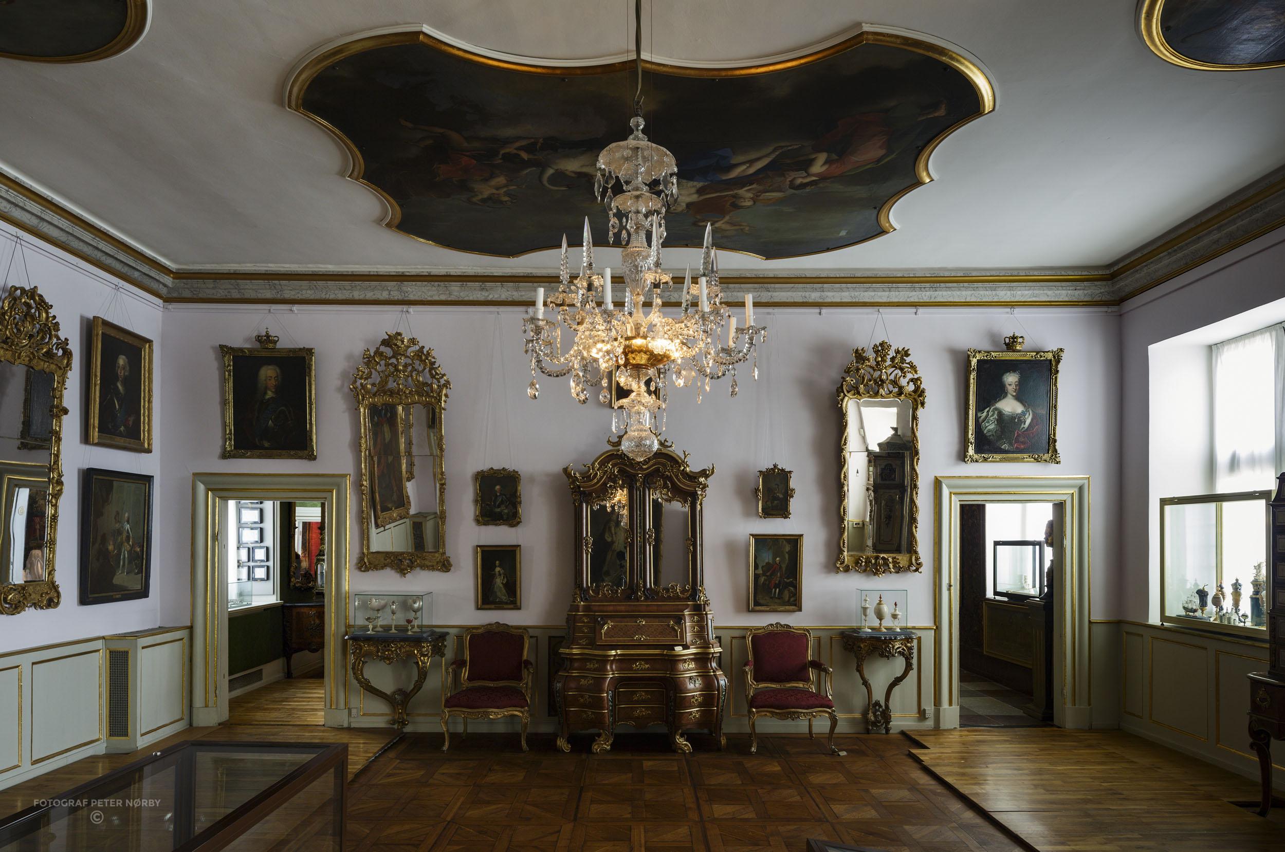 Rosenborg_Room13_01.jpg