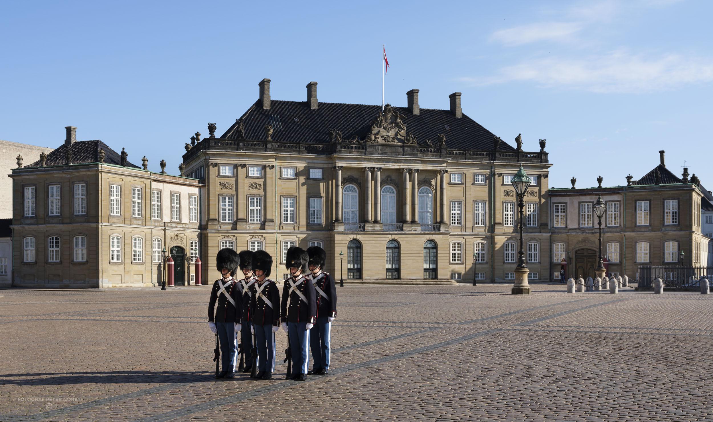 Amalienborg_facader_013.jpg