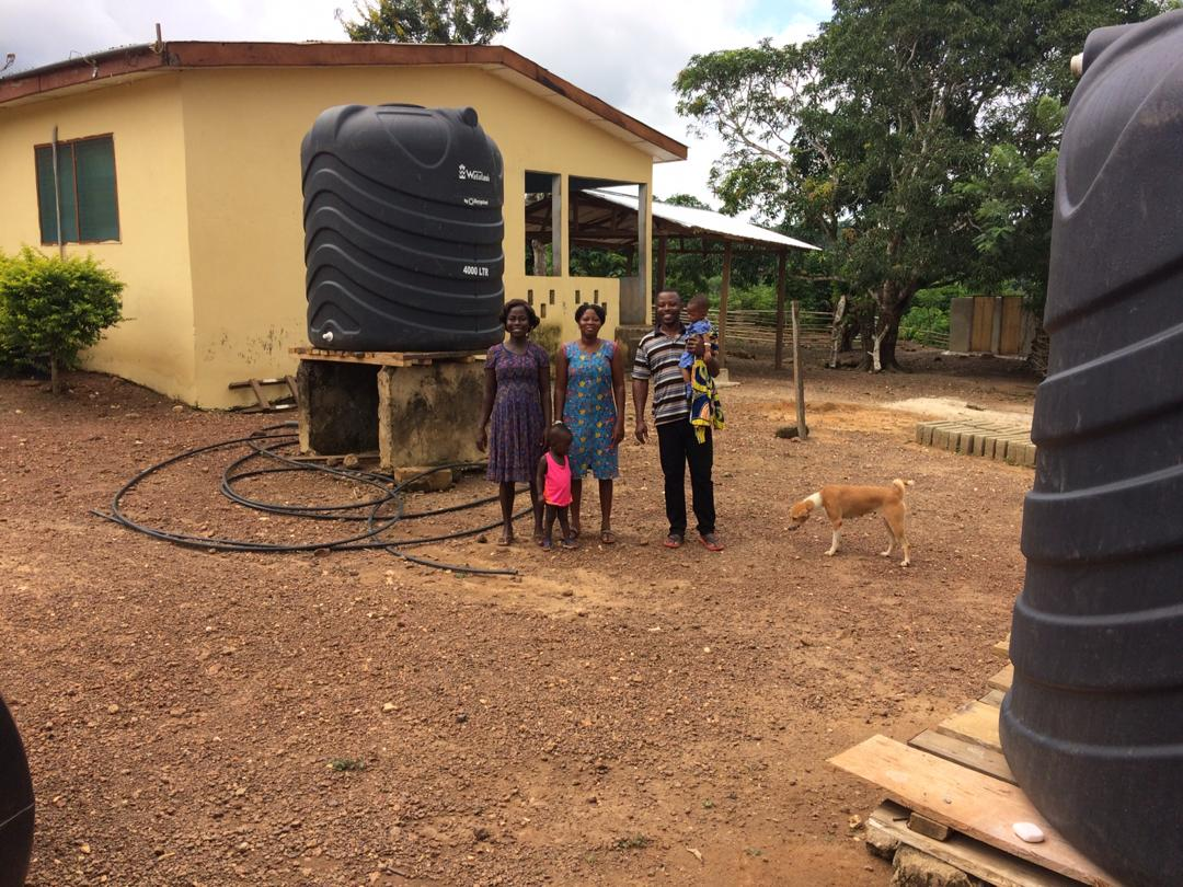 Here are the water tanks for Achimfo, making it possible to have running water in the clinic.