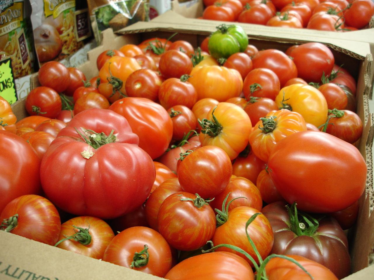 Hydroponic Heirloom Tomatoes McWethy Farms, Three Oaks, MI