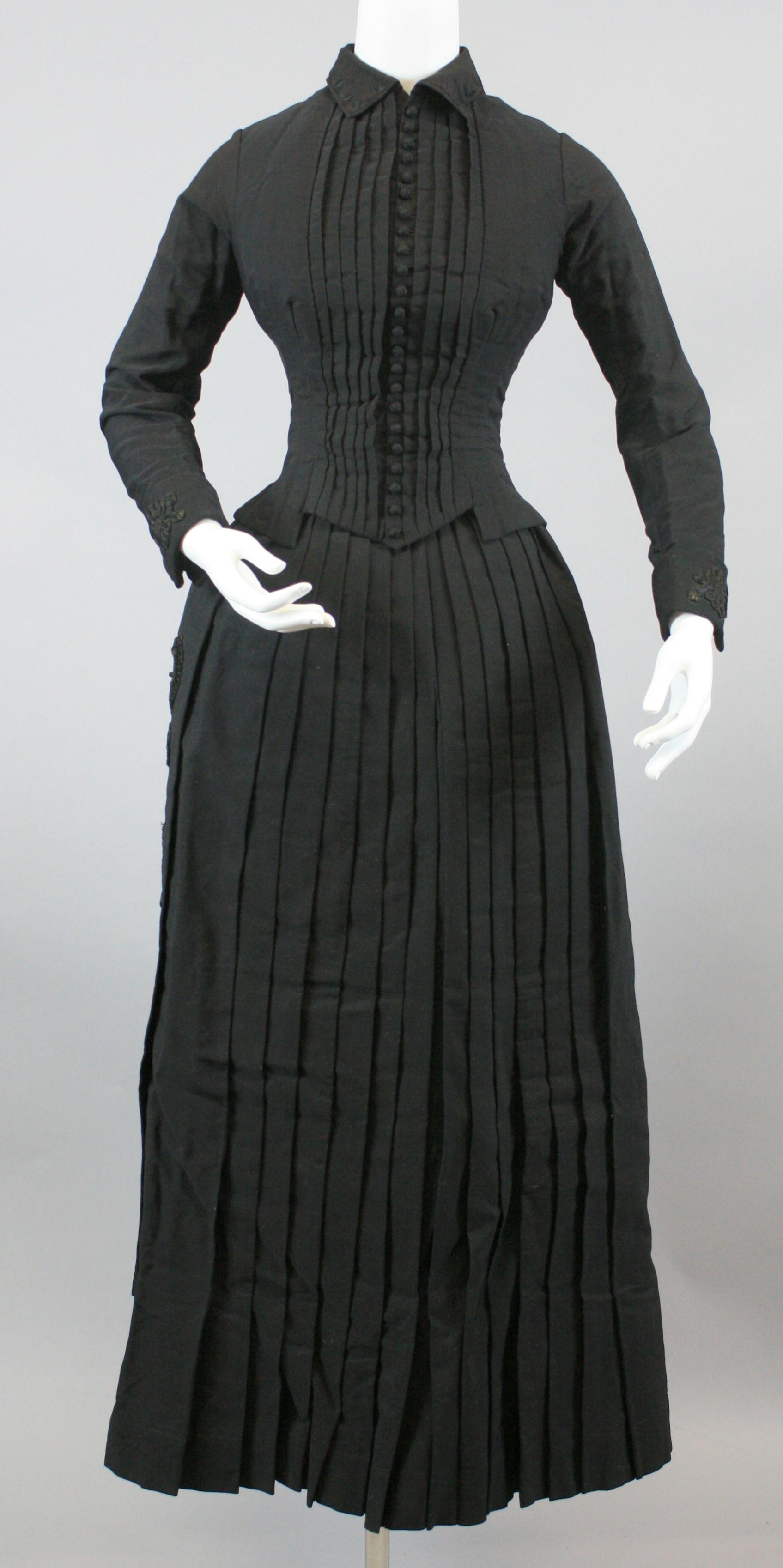 Clothing that tells stories. This dress was worn by Louisa Heileman Mueller, daughter of Gottlieb and Johanna Heileman.