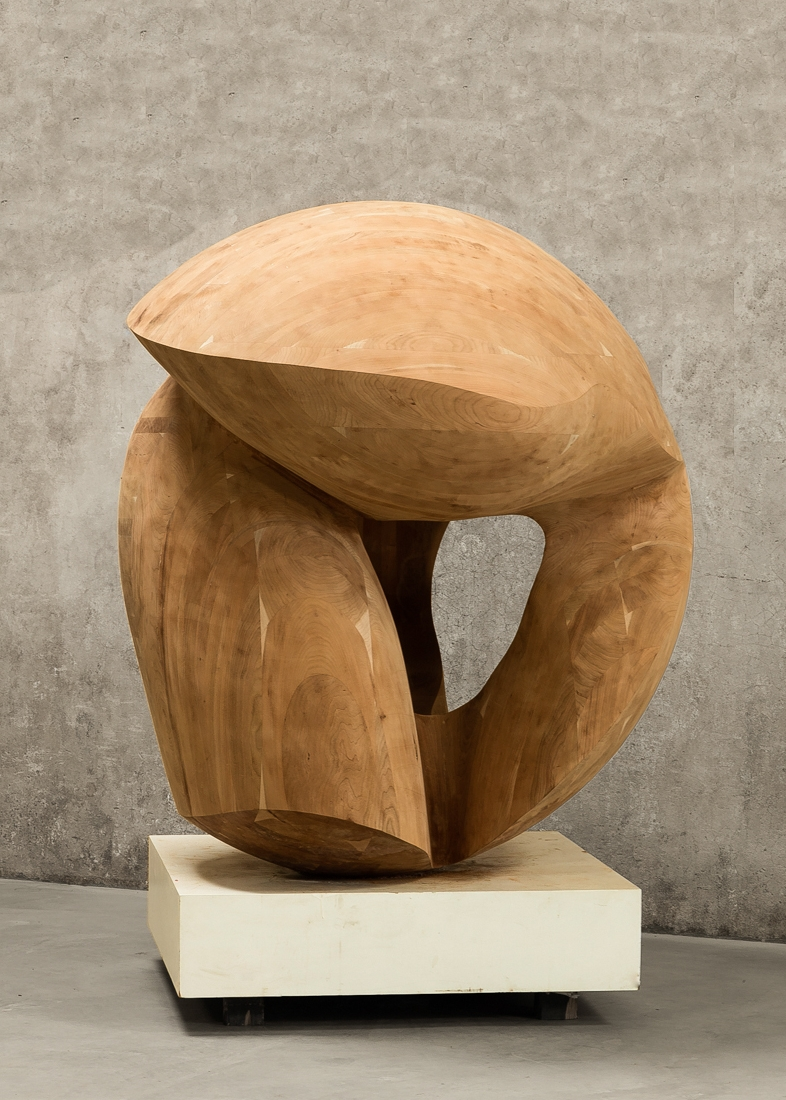 "Venus | 2015 | Wood | 63"" diameter"
